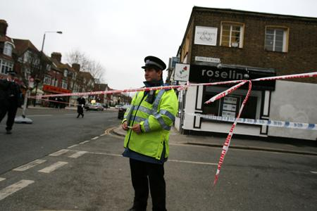 CHINGFORD: Witnesses horror at daylight stabbing