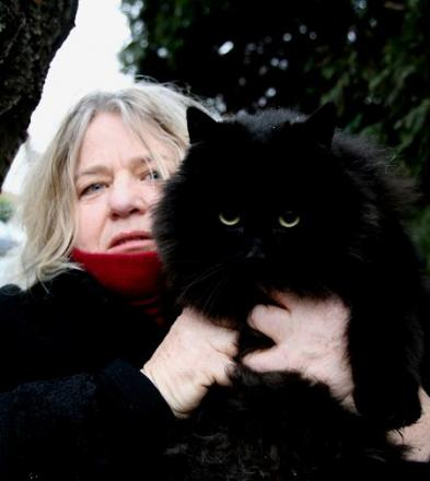 Lynda Dyson with her cat Fluffy