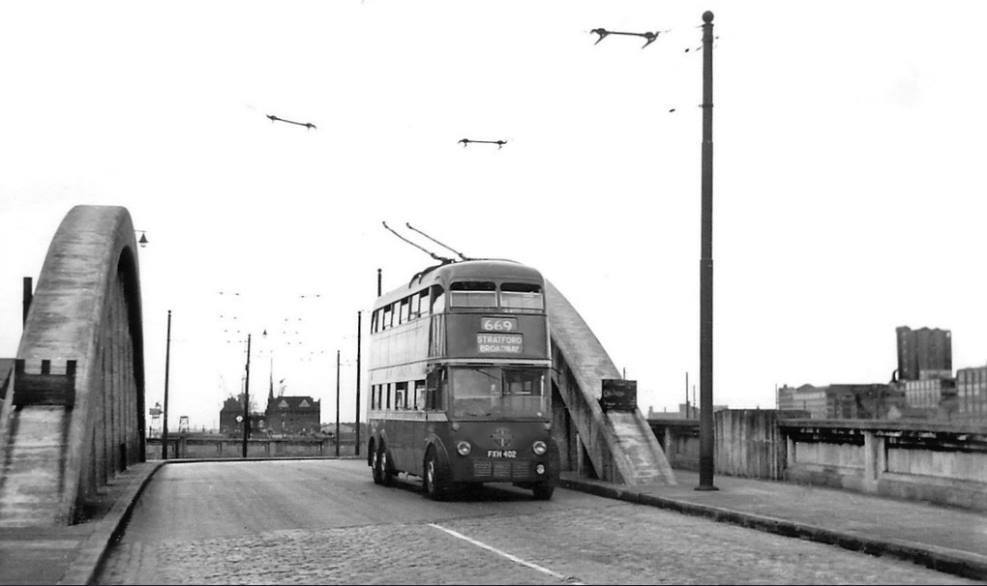 Silvertown, 1959