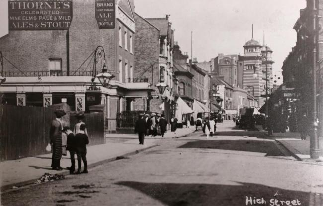 High Street, Walthamstow, looking toward the Chequers pub and the Palace Theatre. Picture: Vestry House Museum archive