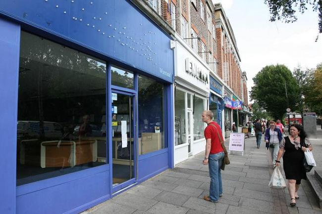 The former World Choice Travel shop could be turned into a second hand bookshop.