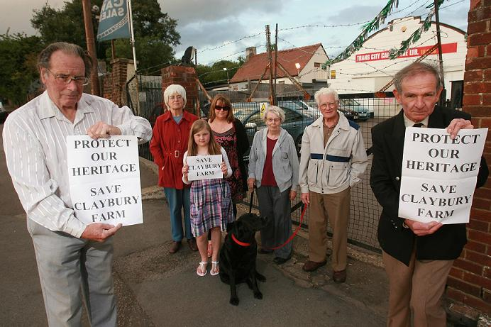 Derek Bean, Valarie Hodges Sian Mahoney, Sarah Mahoney Eileen Perfect, Peter Hodges and Richard White are objecting to the latest planning application for 28 houses near where they live on Roding Lane