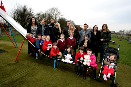ONGAR: Mums get together to improve playground