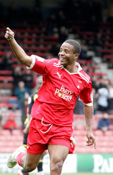 Kevin Lisbie made it 12 goals for the season with a brace on Saturday. Picture: Simon O'Connor