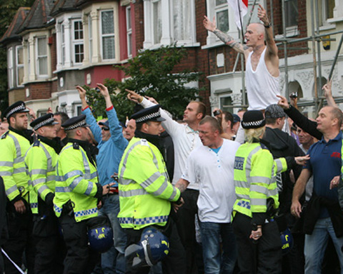 WALTHAMSTOW: Police make arrests as far-right march turns violent