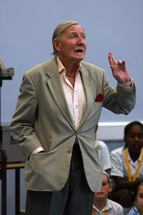 Leslie Phillips addresses pupils before  re-opening Larkswood School in Chingford 	  		    (EL2491-627)