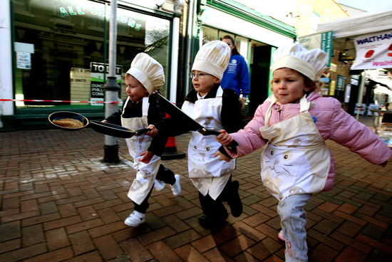 Date set for pancake race. Pic no. EL33816-19