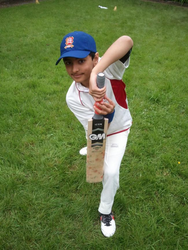 Viraj Gandhi to receive coaching from former England Cricket