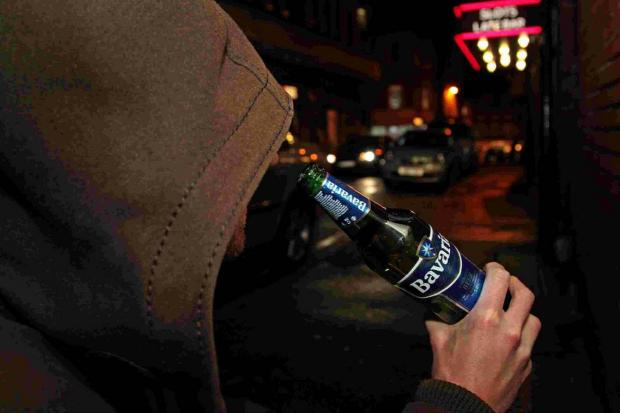 Off-licences targeted in curb on street drinking