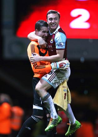 Mark Noble celebrates with Adrian at the final whistle. Picture: Action Images