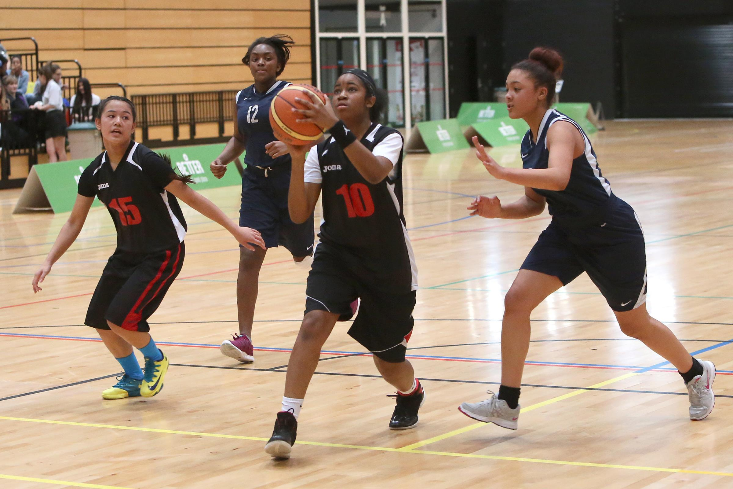 BASKETBALL: Youngsters go head to head for borough crown