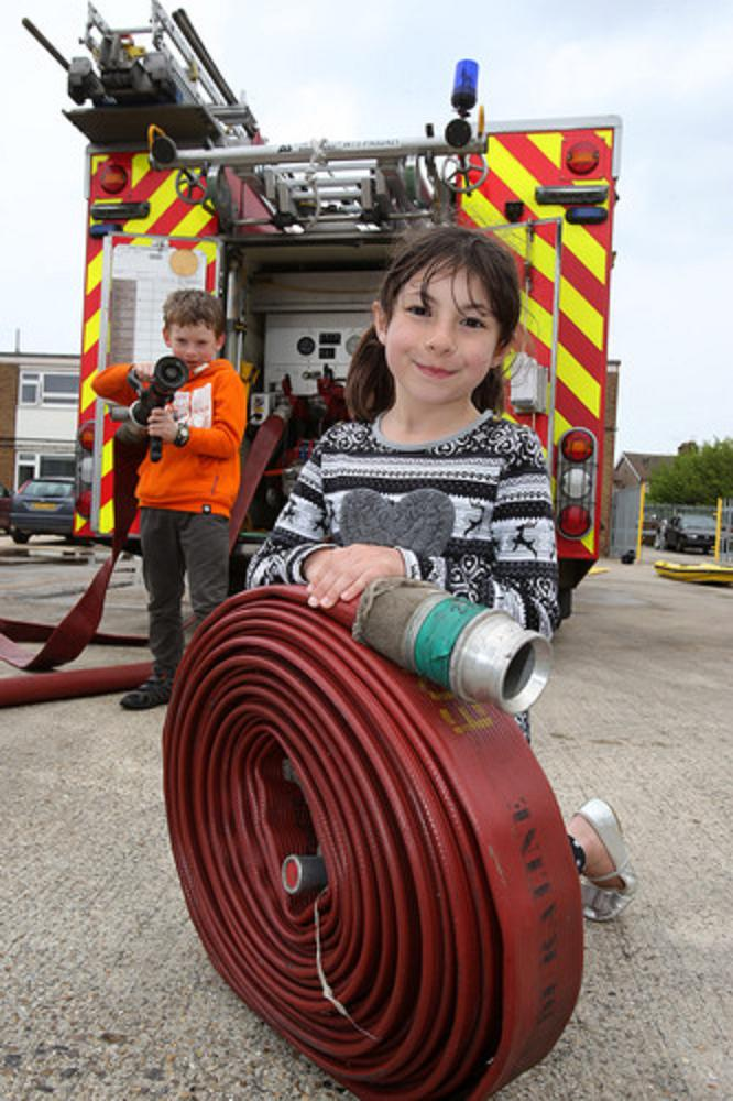 Youngsters turn firefighters