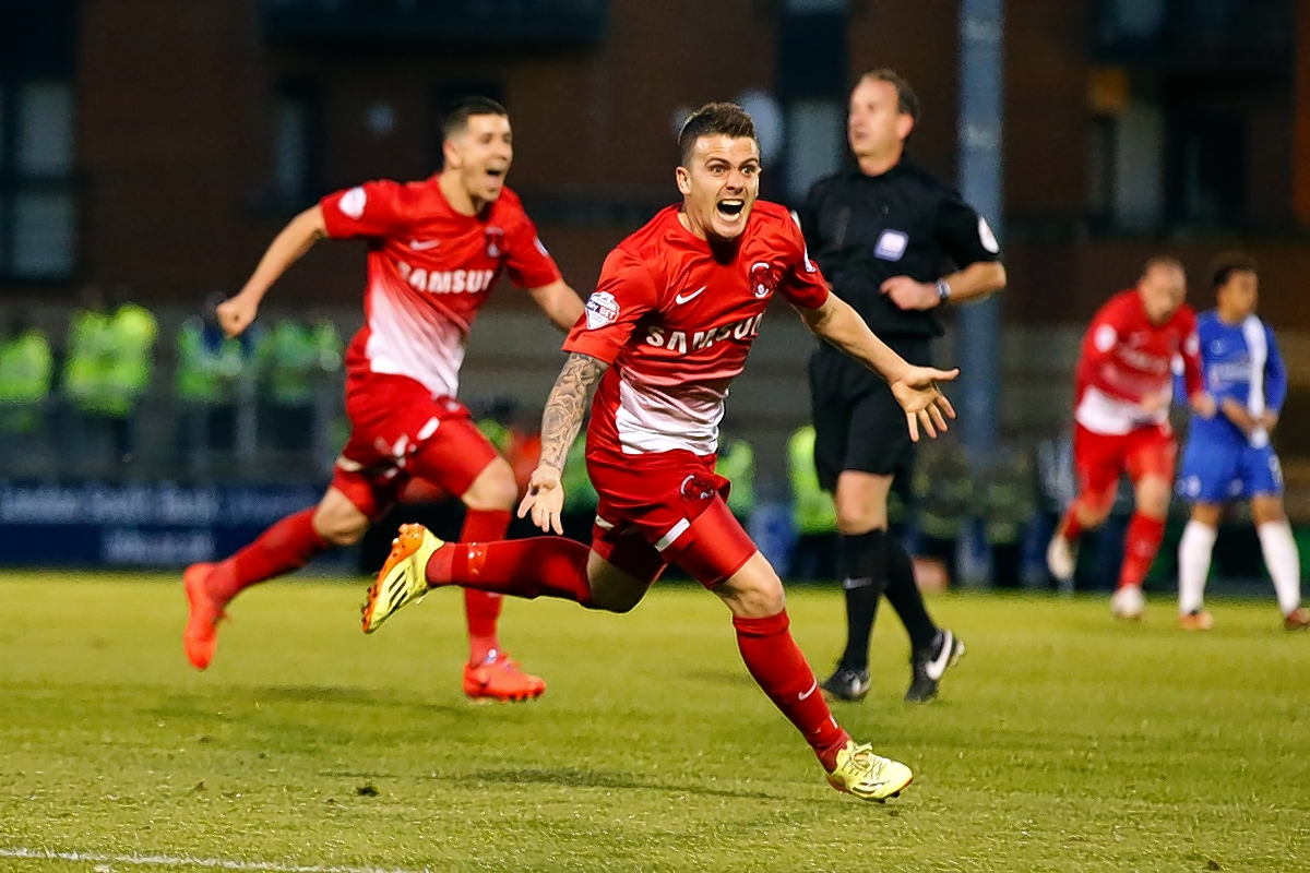 Dean Cox's goal in the semi-final second leg helped Orient to Wembley: Simon O'Connor