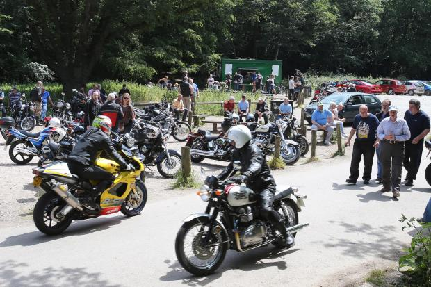 Bikers rally near the tea hut in High Beech (EL78006_1)
