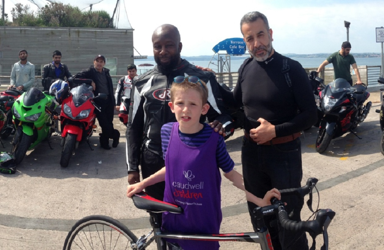 Jamaal Richards (left) and Selin (right) with Damon Barlow (centre) in Torquay.