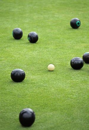 Bloomfield and Low reach Ladies Essex County Pairs quarter-finals
