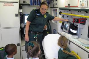 Paramedics return to primary school to educate pupils