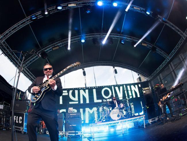 NYC band Fun Lovin' Criminals and English Indie rock band to