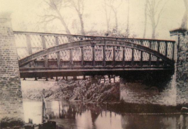 The red bridge across the River Roding, photographed in the 1920s.