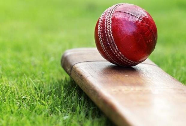 Both Wanstead & Snaresbrook and Chingford recorded victories while Buckhurst Hill sealed promotion in the Essex league.